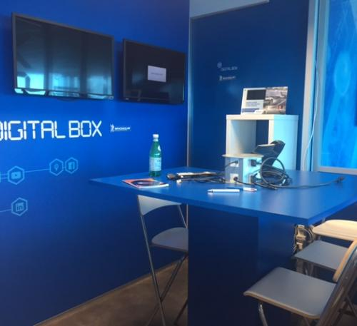 Digital Box meeting area - Working Environment